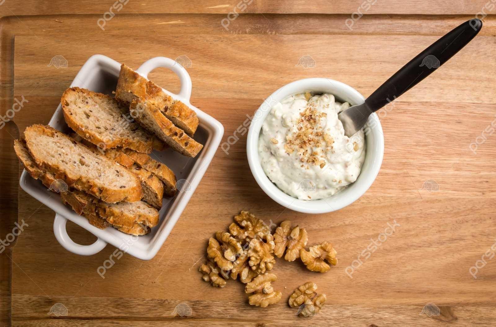 طبع پنیر لیقوان-هر آنچه که باید درباره خواص پنیر لیقوان بدانید